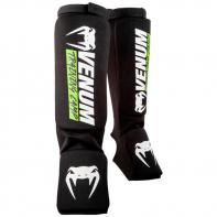 Shinguard Venum Training Camp 2.0 black/neo yellow